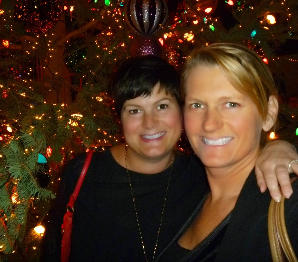 One of the best things about December -hanging with my sister!