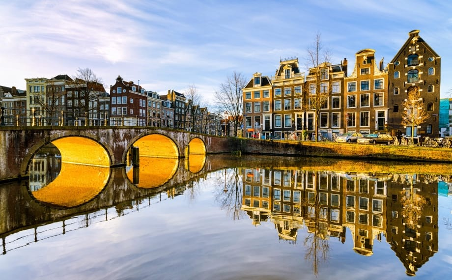 Family-Friendly Attractions in Amsterdam Canal Cruise