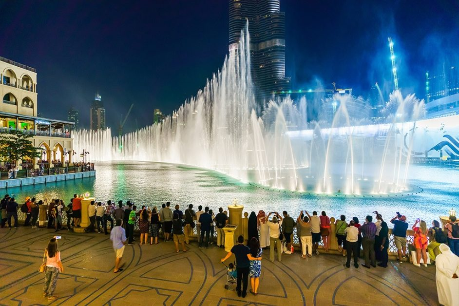 Dubai Fountain is family friendly