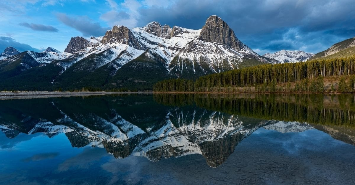 10 Incredible Hikes Near Calgary For Families - Ha Ling Peak